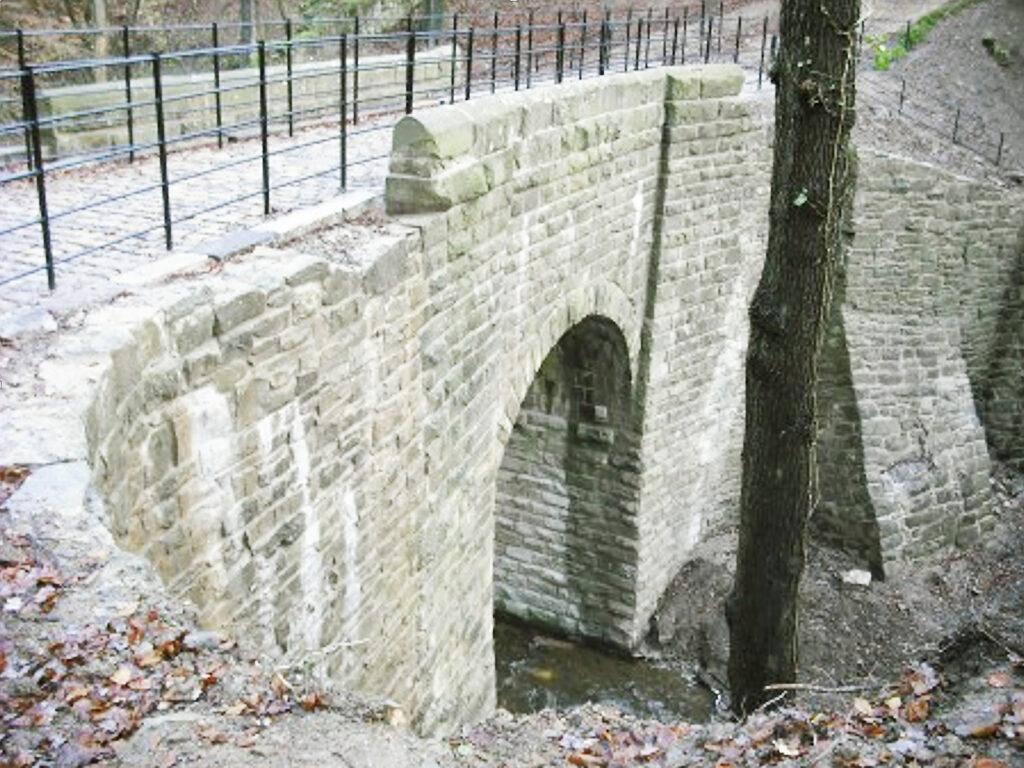 Alum Scar Bridge 1