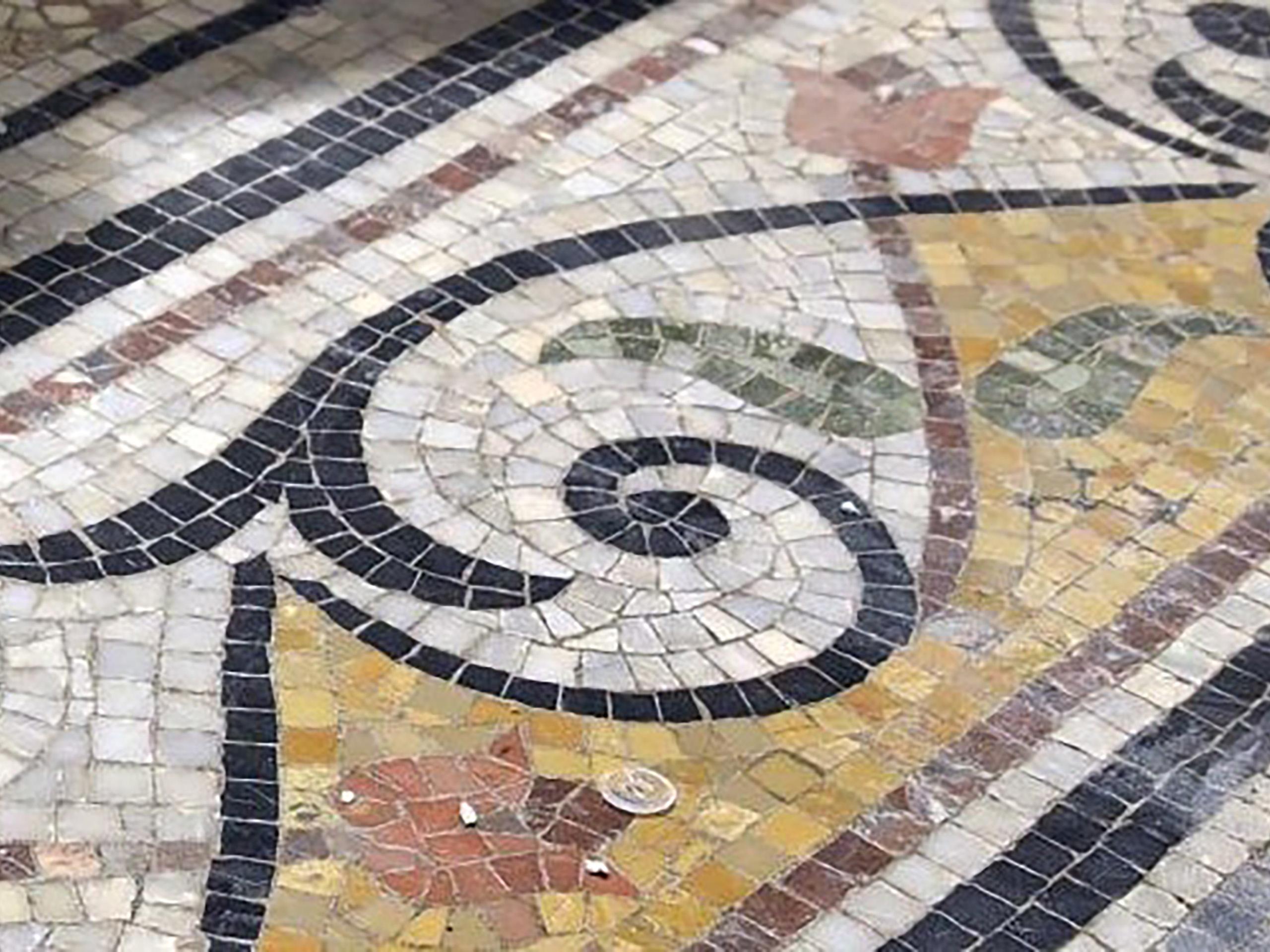 Stone Edge mosaic
